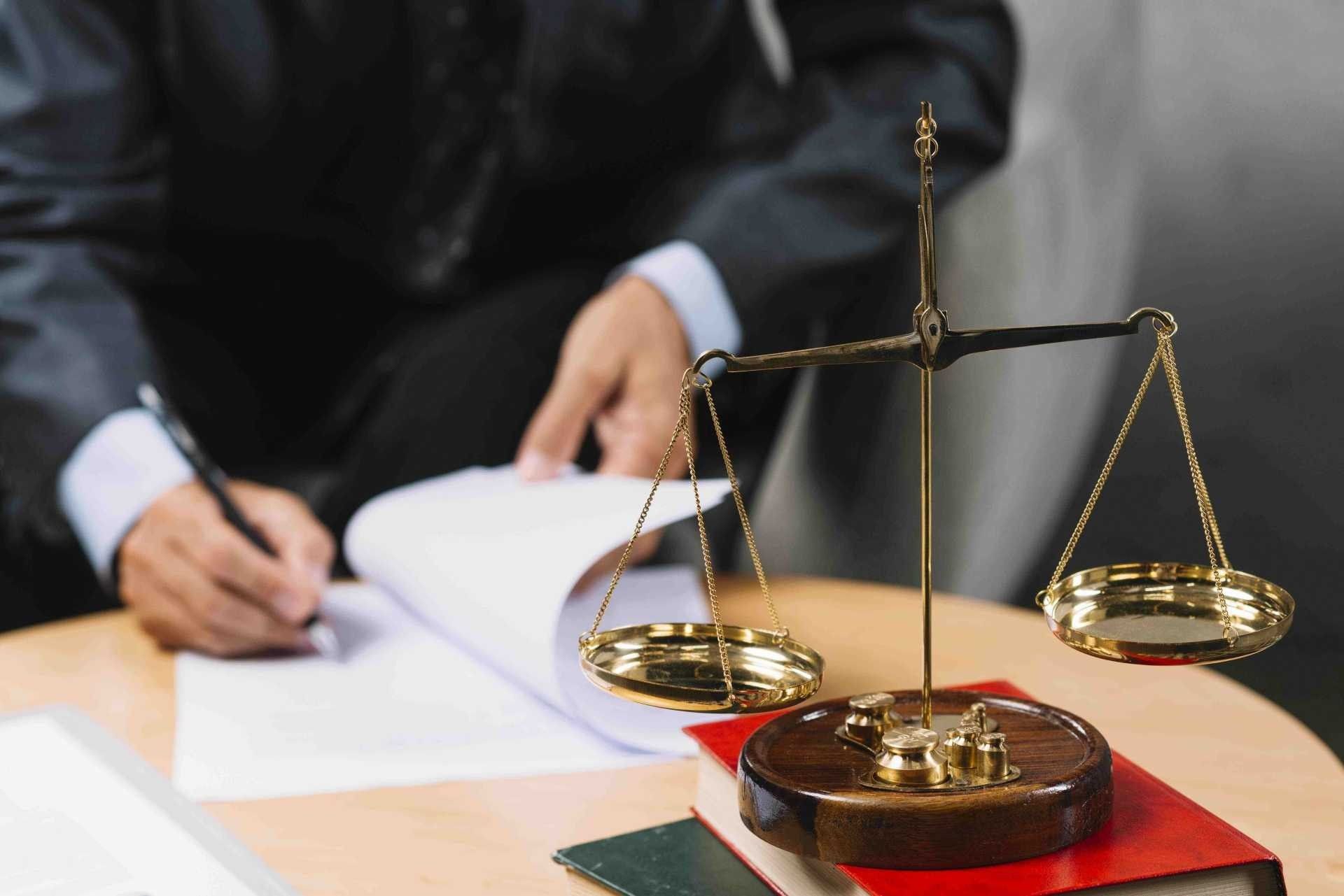 advokati podklad 2